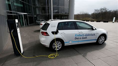 Electric Cars 2017 Europe The European Union Is Considering An Electric Car Mandate