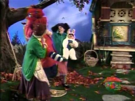 youtube the big comfy couch big comfy couch clothes make the clown youtube