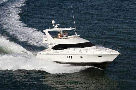 research 2013 silverton yachts ovation 52 on iboats - Ovation Boat