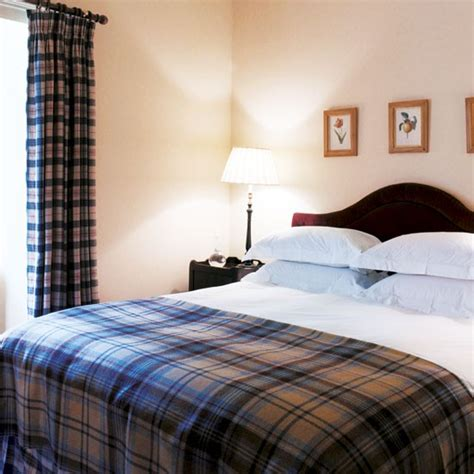 Scottish Bedroom Decor by Master Bedroom Take A Tour Around A Scottish Highland