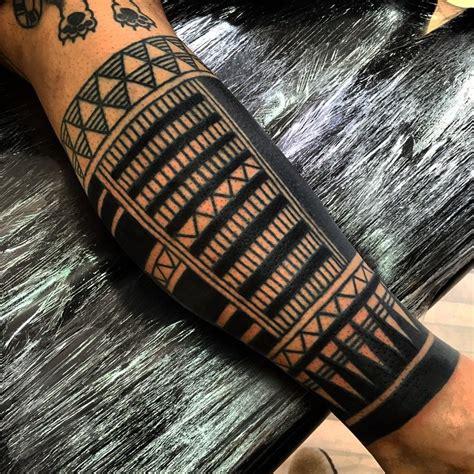 brace on leg maori tattoo best tattoo ideas gallery