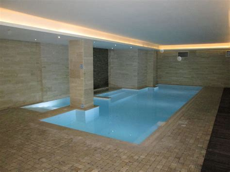 Pool Im Keller by Quot Indoorpool Im Keller Quot Hotel The George St Julian S