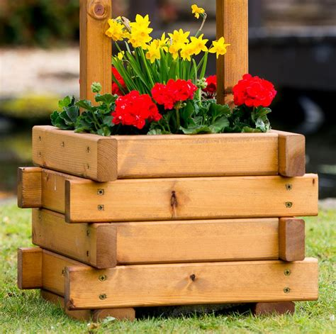 Wishing Well Planters by Small Wooden Wishing Well Planter