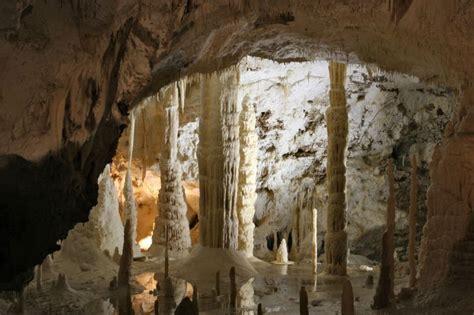 grotte di castellana prezzi ingresso grotte di castellana puglia fantastiche rocce bianche