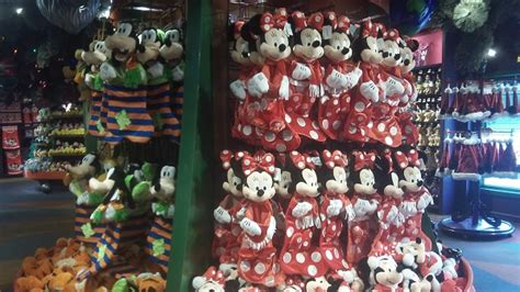 disney s days of christmas store downtown disney lake