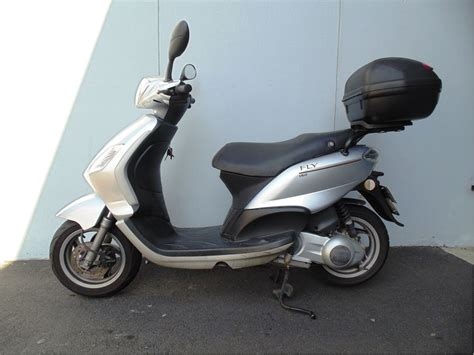 piaggio fly 150 top box fitted 2009 cyclespot new and