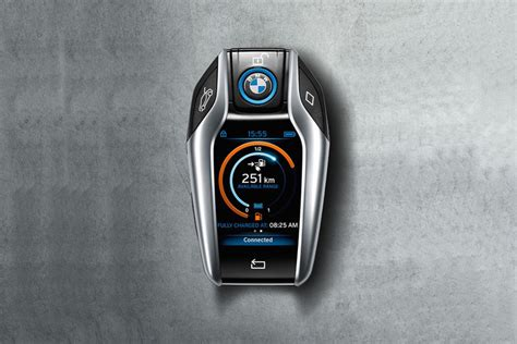 bmw i8 key 2016 bmw 7 series will get the cool keyfob previewed by the i8