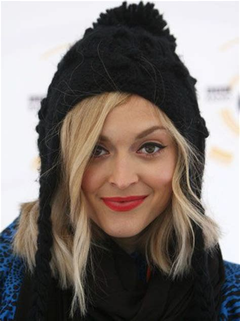 Its Officially Winter Hat Season Fearne Cotton And Osbourne In Wooly Hats by 17 Best Images About Choppy Lob On