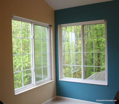what colour goes with teal for a bedroom need a good tan beige to go with teal accent wall home