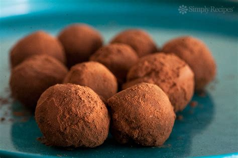 Handmade Chocolate Truffles - how to make chocolate truffles recipe