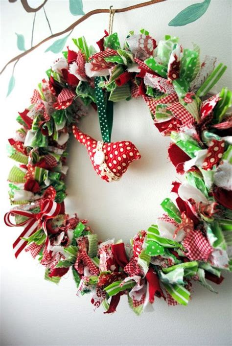 Material Decoration by 40 Beautiful Wreath Ideas For Decoration