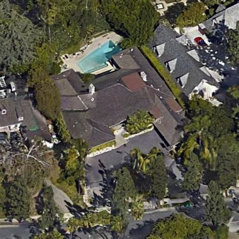 jeff bezos house jeff bezos s house in beverly hills ca google maps virtual globetrotting