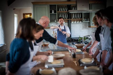 top ten cookery courses for 2014 looking to cookthe uk