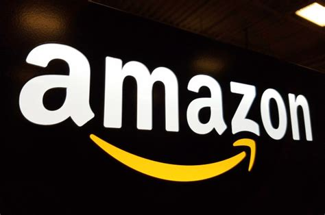 companies worry amazons hq  lure  employees