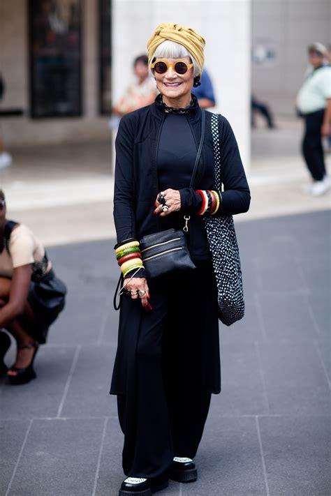 Tas Fashion 0014 12 2310 idiosyncratic fashionista s take nyc glass stories