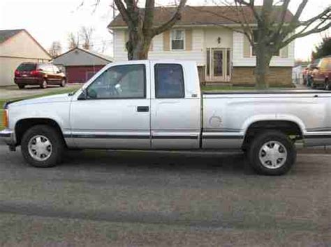 where to buy car manuals 1992 gmc 1500 spare parts catalogs purchase used 1992 gmc stepside low miles 5 speed v8 silver in great shape in columbus ohio