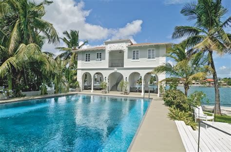 who owned connie stevens la mansion vip estate