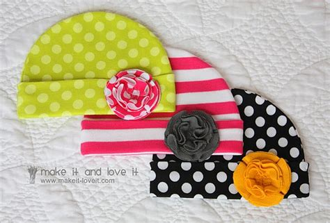 making it lovely knit baby hat tutorial on make it love it with our best