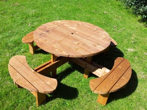 circular picnic benches heavy duty 8 seat round picnic pub type table excalibur