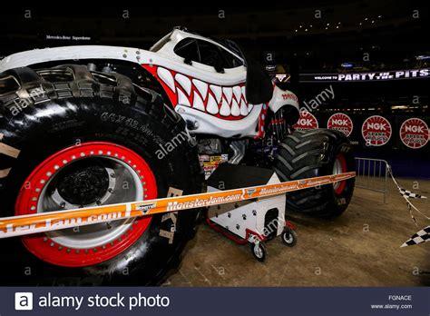 monster mutt monster truck videos monster mutt 2016 gallery