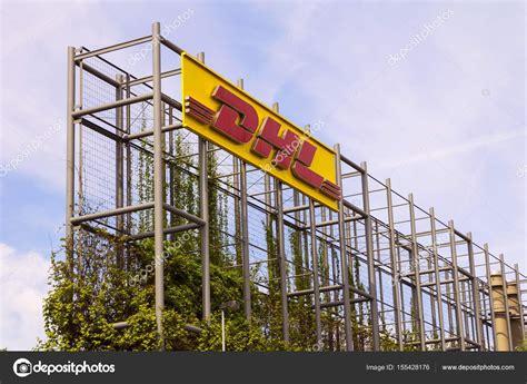dhl sede logotipo de empresa de log 237 stica de dhl en el edificio de