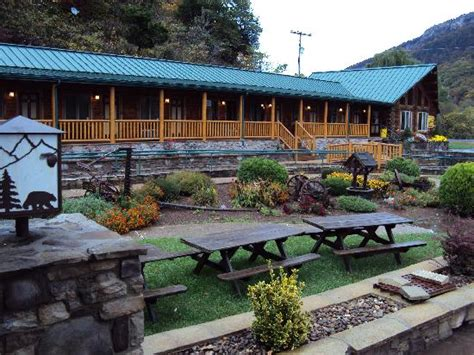 Smoke Caverns Log Cabin Resort by Lovely Cabins For Couples Picture Of Smoke Caverns Log Cabin Resort Cabins Tripadvisor