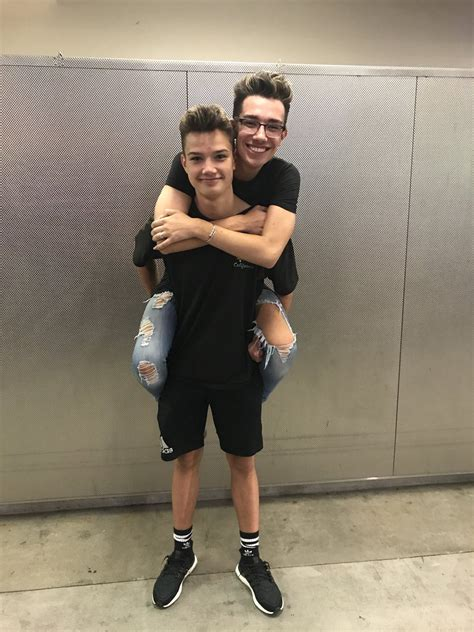 james charles brother and sisters james charles jamescharles twitter