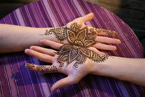 henna face tattoo 22 simple henna makedes