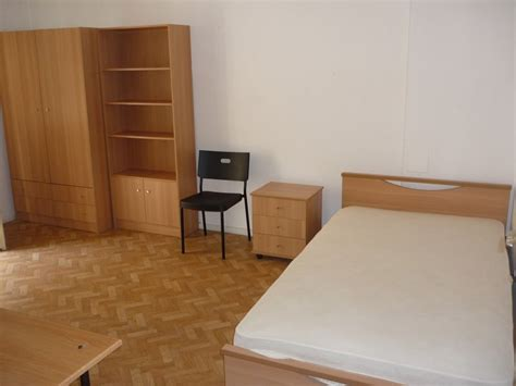 single room rent thessaloniki single rooms for rent in shared flats for stud housing flatshare in thessaloniki