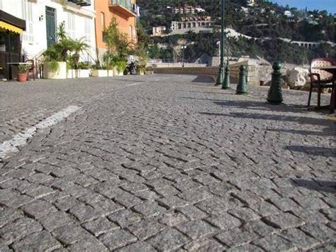 pavimenti in granito pavimento per esterni in granito granito pavesmac