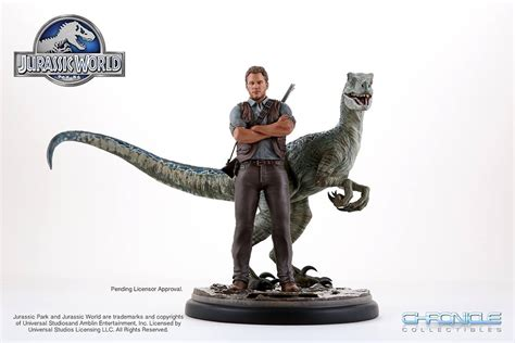 chronicle collectibles jurassic world  scale owen