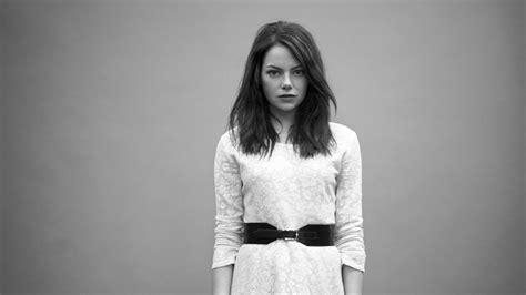 emma stone wallpaper black and white emma stone wallpapers hd hdcoolwallpapers com