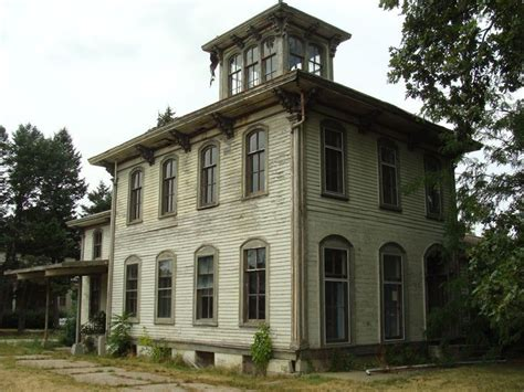 italianate style home 12 best old houses italianate images on pinterest