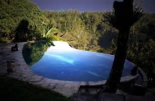 bali infinity pool 25 stunning infinity pools around the world 171 twistedsifter