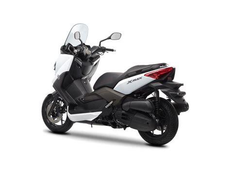 Motorrad Und Roller Studio Springe by Yamaha X Max 125 Details Und Studio Motorrad Fotos