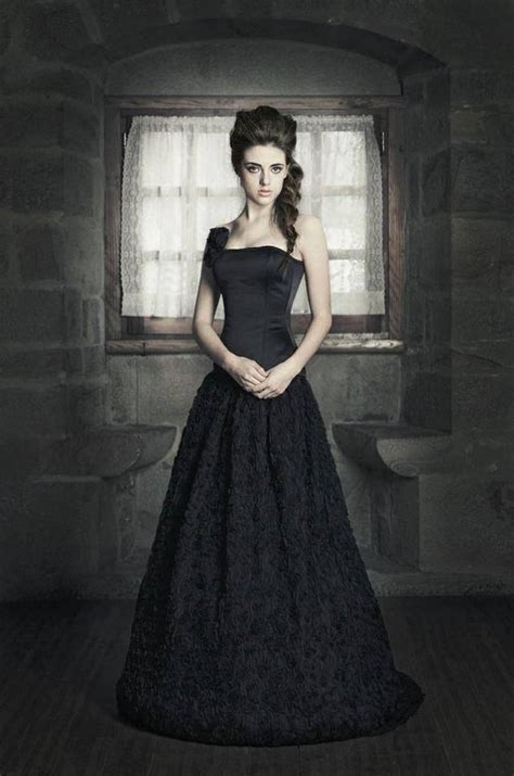 black wedding dress shop discounted price fantasy wedding gown tulle long skirt