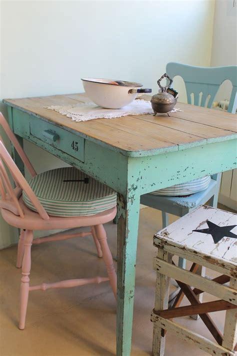 ideas  decorar  una antigua mesa tocinera