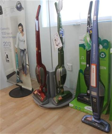 Vacuum Cleaner Electrolux Di Malaysia electrolux comes a way from its days of selling from