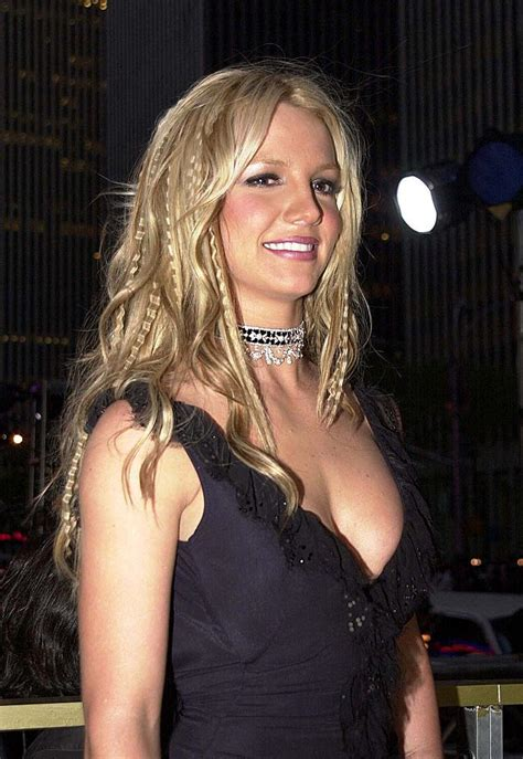 britney spears vma 2000 britney spears photo gallery page 206 celebs place