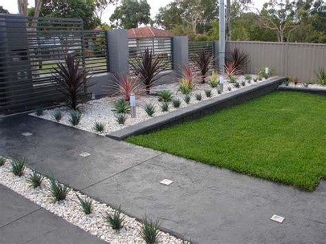 inexpensive front yard landscaping ideas 17 best cheap landscaping ideas on cheap