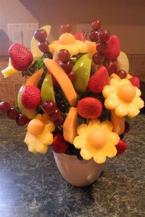 edible arrangements epicurable fruit bouquet