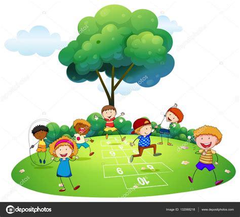 imagenes de niños jugando la rayuela muchos ni 241 os jugando rayuela en el parque vector de