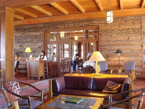 crater lake lodge dining room crater lake lodge dining room american traditional crater lake national park or reviews
