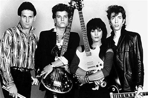 Kaset Joan Jett The Blackhearts And Simple rockers we ve lost in 2013 joan jett the blackhearts