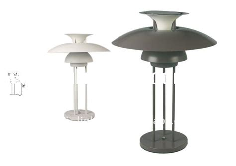 Kulla Table L by Modern Entrance Tables Modern Entrance Tables