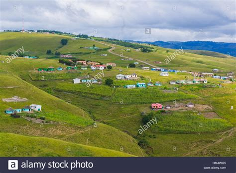 xhosa hutte xhosa hut in in stockfotos xhosa hut in in