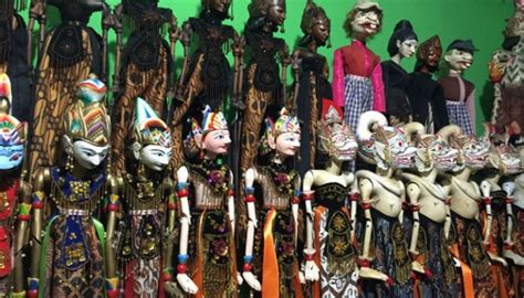 Sovenir Pulpen Wayang Golek unique souvenirs of customized wayang golek