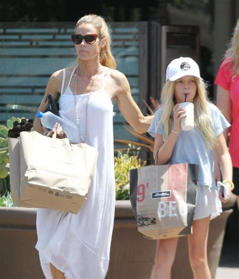 Richards Shopping And Daughters Shopping In Malibu by Lola Sheen Photos Photos Richards And Lola Sheen