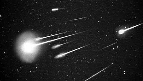 in hawaii will be treated to a cosmic meteor shower