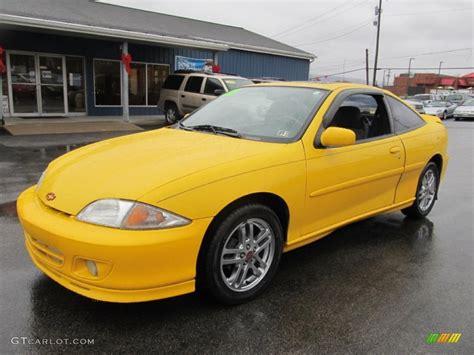 2002 chevrolet cavalier coupe yellow 2002 chevrolet cavalier ls sport coupe exterior